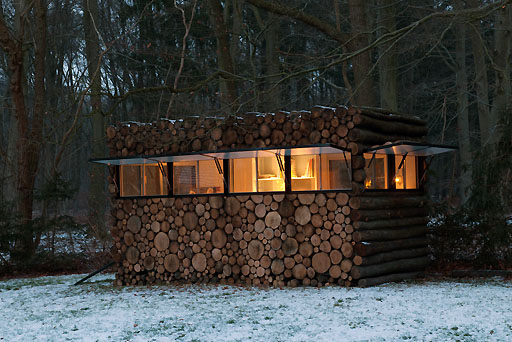 Architecture,projects,log-house-study-Hans-Liberg,log-house-office-on-wheels2